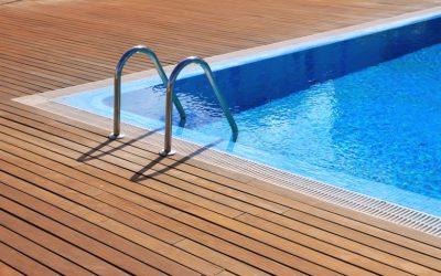 Distintos tipos de piscinas para un jardín con estilo