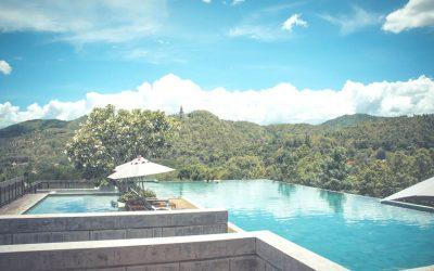 Tipos de piscinas para zonas ajardinadas